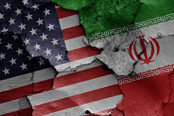 United-States-of-America-and-Iran-flags-1068x712