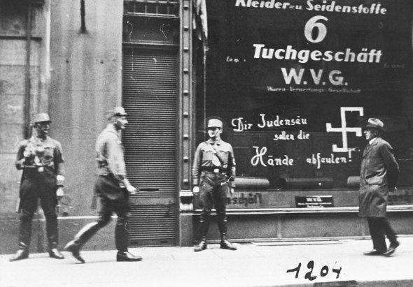 storm-troopers-Nazi-Jewish-business-Anschluss-Vienna